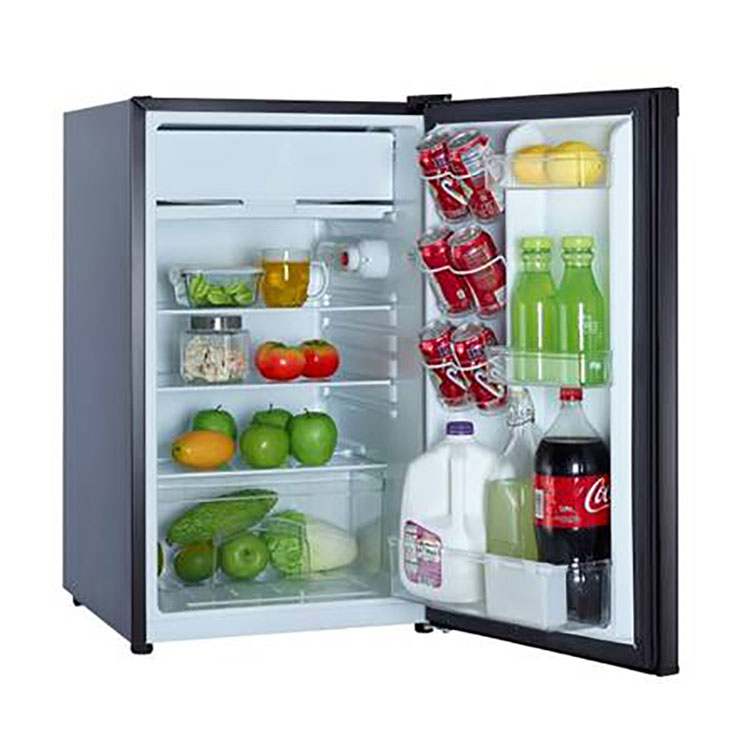 Magic Chef 4.4 Cubic Foot Refrigerator/Freezer (Black)